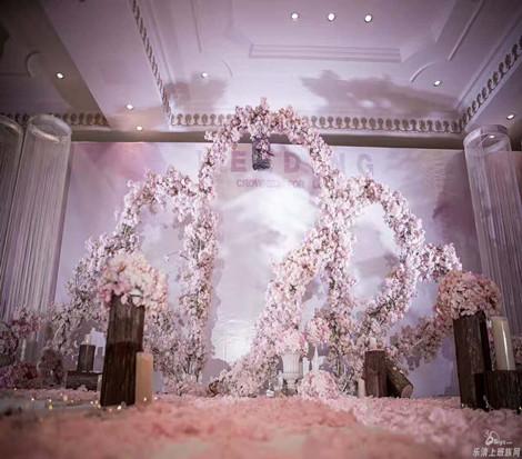 婚礼赏析之为爱加冕婚礼粉系主题